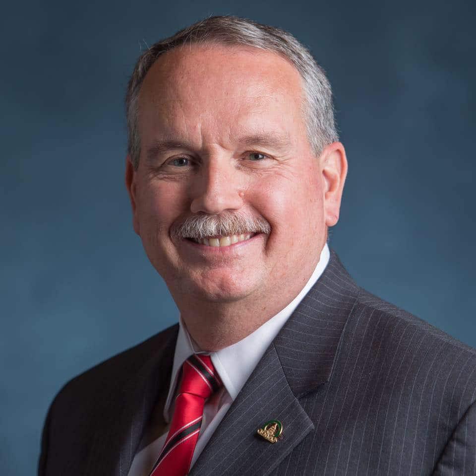 Dr. Michael Topper takes over as AVMA president