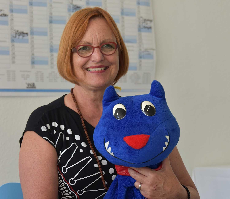 WSAVA honors Blue Dog anti-bite campaign