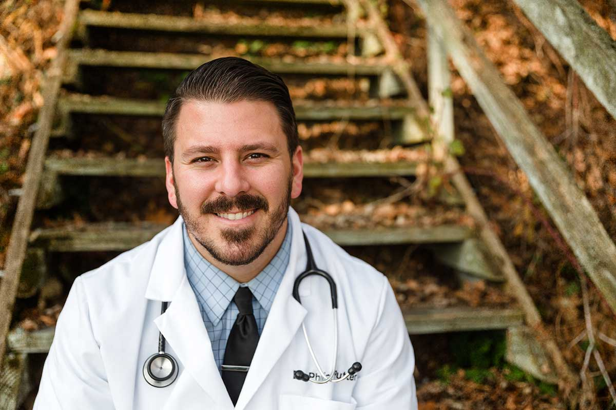 Young vet sets up full-service practice