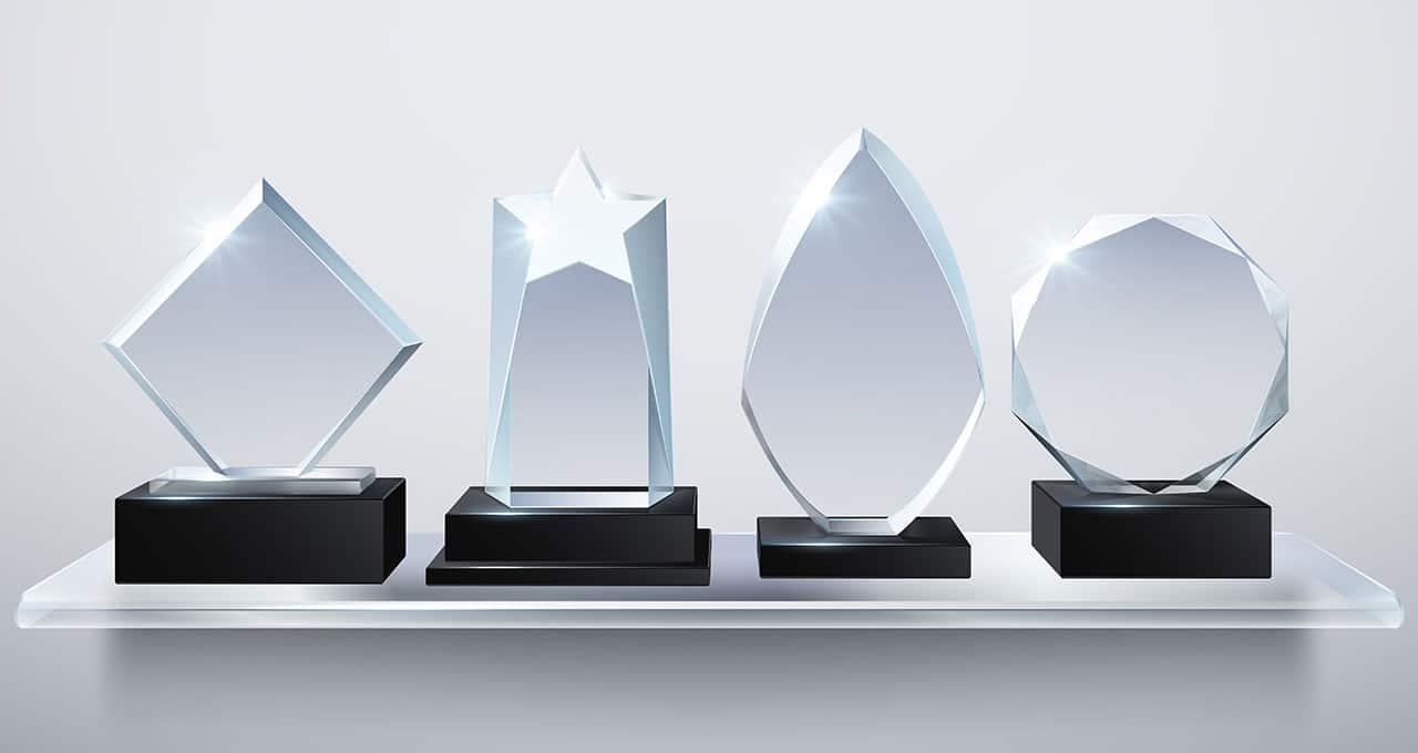 AVMA honors Yoho, Mahr, Cox and 8 others